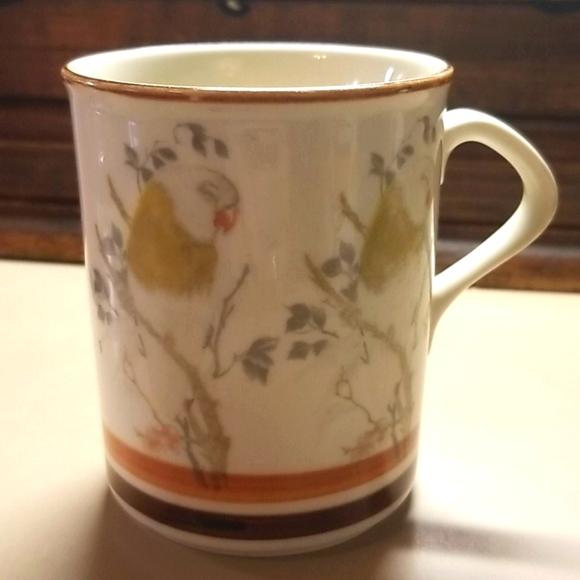 Vintage GHC bird mug